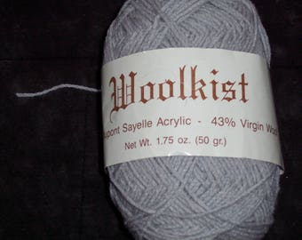 Woolkist Acrylic/wool blend yarn,50gm,1.75oz, marble grey,knitting,crochet,craft,fiber art,vintage