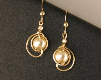 Cream Pearl Gold Drop Earrings, Unique Cream Pearl Wire Earrings, Wedding Jewelry, Bridesmaid Pearl Earrings, Majorca Cream pearl Earrings