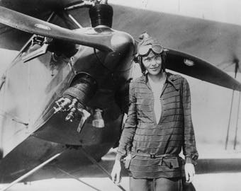 Amelia Earhart 8 x 10 / 8x10 GLOSSY Photo Picture