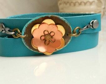 Leather Cuff Bracelet,Woman's Metal Flower Leather Bracelet,Turquoise Patina Leather Bracelet