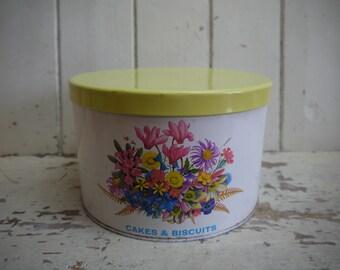 Vintage Cake Tin - Cake Tin -Floral Cake Tin - Kitchen Canister - Kitchen Canisters - Vintage cake tin -Biscuit Tin - Cookie Jar - Tin
