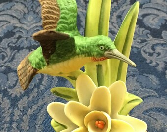 Vintage Royal Heritage Hummingbirds Odyssey Figurine Birds in Flight Collection