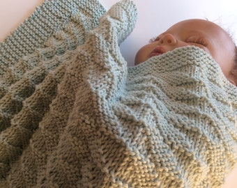 Pure cotton baby blanket in parallelogram stitch