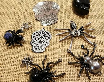 Halloween pendants, spiders, skulls, sugar skulls
