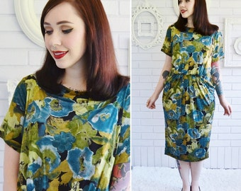 Vintage Soft Rayon Dress with Abstract Floral Pattern and Hips Pockets by Kenar 2 Size Small