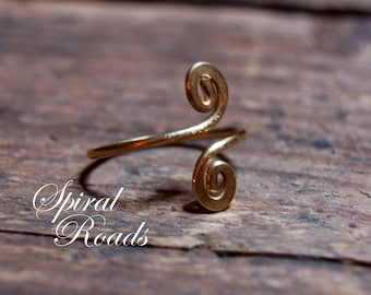 brass spiral ring / wire wrap ring / womens / adjustable