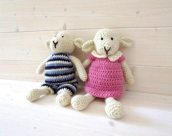 Crochet Lola and Linus Lamb Written Pattern - Crochet Sheep Pattern