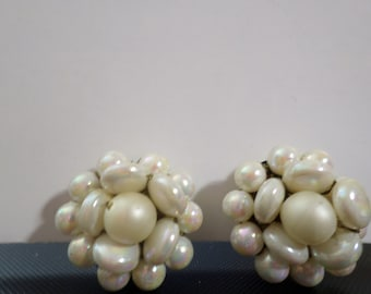 Vintage Costume Jewelry Clip-on Earrings Faux Pearl and Other Beads White Cluster
