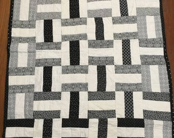 Black and White Crib Quilt