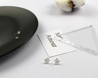 Christmas Snow Flake Earring 925 Silver Simple Shinny Sparkling Earring Holiday Season Christmas Gift Everyday Elegant Adorable Bridal Gift