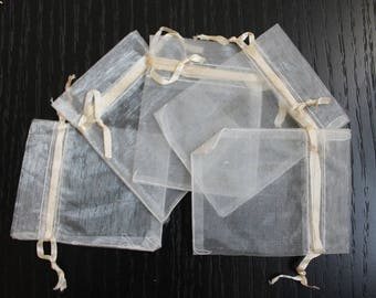 10 white organza jewelry gift packaging for sleeves