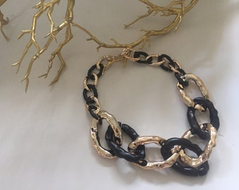 Plastic chain two colored necklace