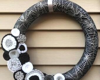 READY TO SHIP!!  Halloween Wreath - Spider Web Wreath - Spider Web Deco - Felt Flower Wreath - Fall Wreath - Halloween Decor - Felt Flowers