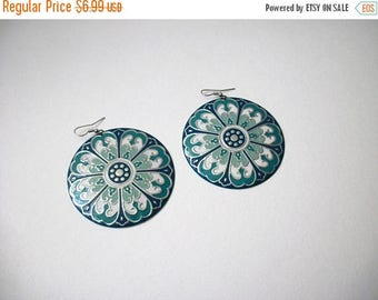 ON SALE Retro Chunky Silver Tone Blues Light Weight Metal Earrings 102316