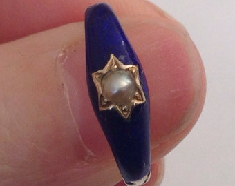 Pearl and Guiolloche Mourning Ring Blue Enamel, French origin