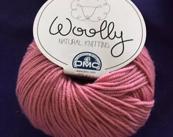 "Mauve  ""WOOLLY"" Super Wash  Merino Wool  Knitting / Crocheting Yarn"