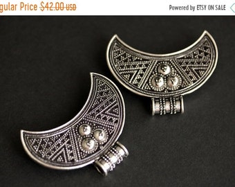 MOTHERS DAY SALE Two (2) Viking Brooches. Silver Apron Pins. Crescent Moon Turtle Brooch Set. Shoulder Brooches. Norse Jewelry. Historical J