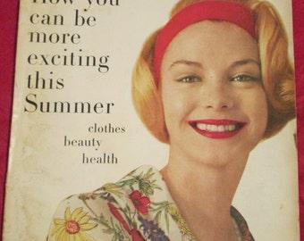 1957 April GLAMOUR Fashion MAGAZINE