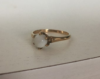 Vintage 10K Rose Gold Pearl Solitaire Ring - Size 7