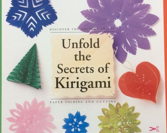 Origami kit/Secrets of Kirigami/paper folding/50 creations/paper crafts/