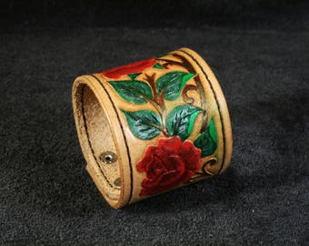 FREE SHIPPING! Handmade vegetable tanned leather bracelet with tooled roses ornament