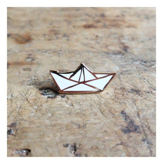 """Brooch pin's """"Sailboat"""" - gold"""
