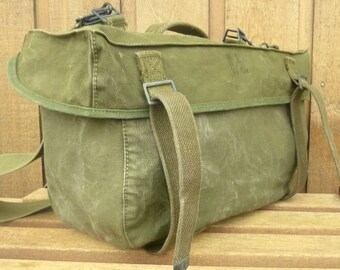 US Army Canvas Messenger Bag ~ Vintage Army