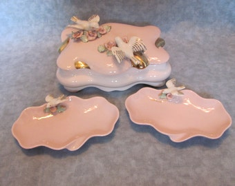 Pink Ceramic Vanity Set with Birds and Roses / 4 Piece Vanity Set with Roses and Birds from 1950s