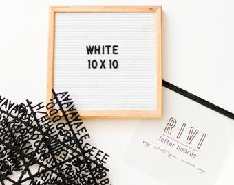 10 x 10 inch Slotted White Felt Letter Board with Black 3/4 inch 290 piece Letter Set
