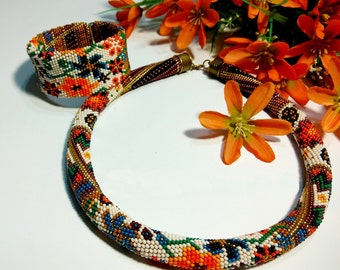 Floral necklace . Beaded necklace Gift for women Birthday present Beadwork Jewelry