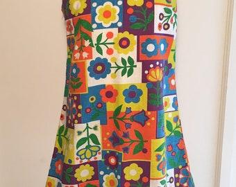 Girls flower print vintage shift dress 1970s size 7