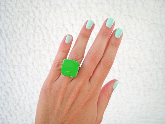 Lime green ring, green statement ring, silver tone peridot green resin ring, square cocktail ring, modern minimalist jewelry, color block