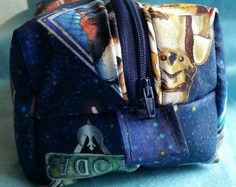Star Wars padded zipped pouch