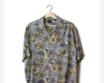ON SALE Vintage Men's Hawaiian Shirt from 90's/Grey/Hibiscus*
