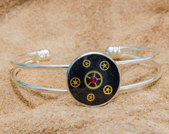 Silver Plated Adjustable Steampunk Bracelet With Gears. Handmade in Cornwal, UK