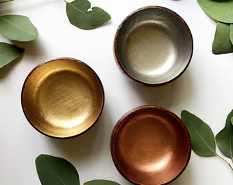 Mixed Metals Wooden Jewelry Dish Set of Three / Bridesmaids Gift / gift for her / Wedding Gift / Personalized Ring dish / engagement gift