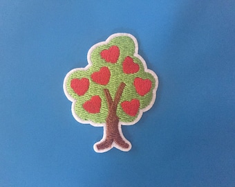 Tree Embroidered Iron On Patch, Heart patch, red hearts