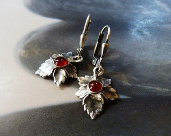 Leaf earrings with carnelian, silver, dangle earrings, casual wear, gift for her, birthday present, anniversary gift, graduation, mom gift