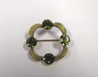 Vintage Olive Green Rhinestone Gold tone Circular Scarf Brooch, Wear or repurpose