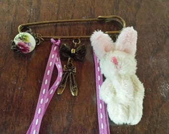 broche breloque lapin