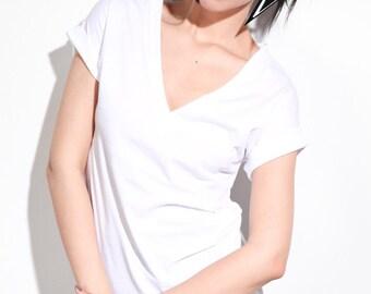 Womens Tshirts Vneck Cotton Tops, tshirts, womens cotton tops, vneck tops, vneck tee, white tee, handmade tops, soft cotton shirts