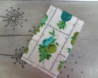 Vintage Tea Towel Linen Parisian Prints Kitchen Towel Drying Towel Turquoise and Green Fruit Kitchen Linen Towel Hand Towel