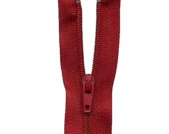 Zip up Nylon red C548