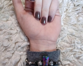 Titanium aura point bracelet