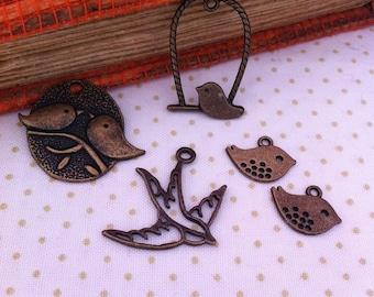 set of 5 charms pendants mixed bird, bronze