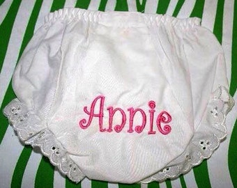 Personalized Baby Bloomers / Monogrammed Baby Bloomers / Baby Bloomers with Name / Baby Girl Bloomers / Embroidered Bloomers for Baby Girl