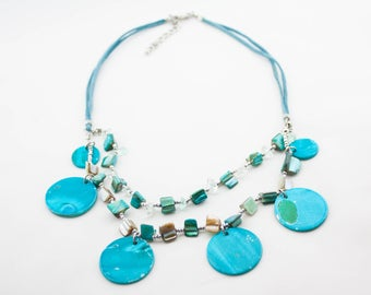 Vintage Double Strand Turquoise Mother Of Pearl Plate Beaded Bib Necklace