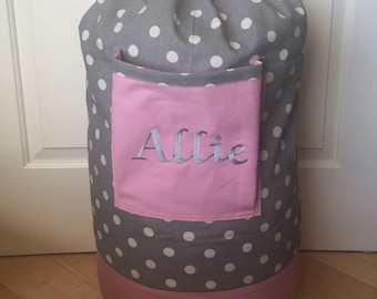 Monogrammed Laundry Duffel Bag, Pink, Gray Polk a dot, Laundry Bag, Laundry Bag for College, Hanging Laundry Bag, Laundry Hamper