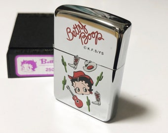 New! Auth Vintage ZIPPO 1996 Betty Boop Cowgirl Cowboy Cactus Hat Lighter Chrome Silver
