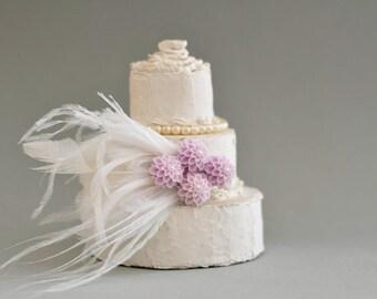 Bridal Flower Head piece ,Bridal Feather Headpiece ,Wedding Feather Fascinator ,Bridal flower feather , hair clip , bridal floral Headpiece